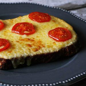 vendégváró sajtos kenyér