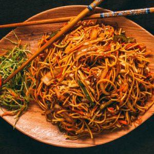 zöldséges chow mein