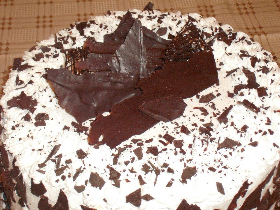 fekete erdő torta csokival